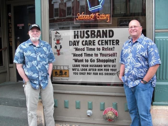 Genius Bars And Restaurants husband day car center