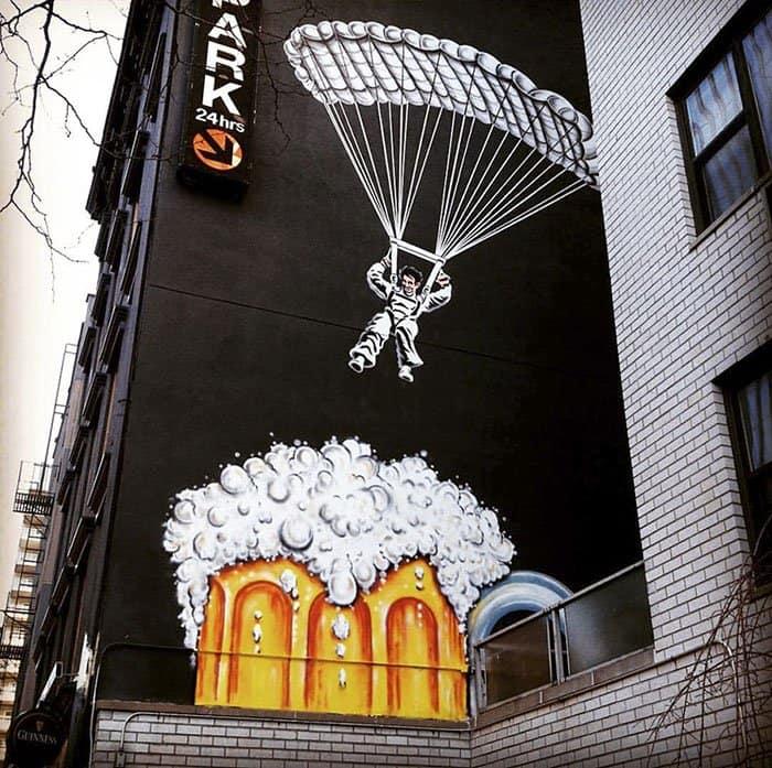 Genius Street Artist parachuting