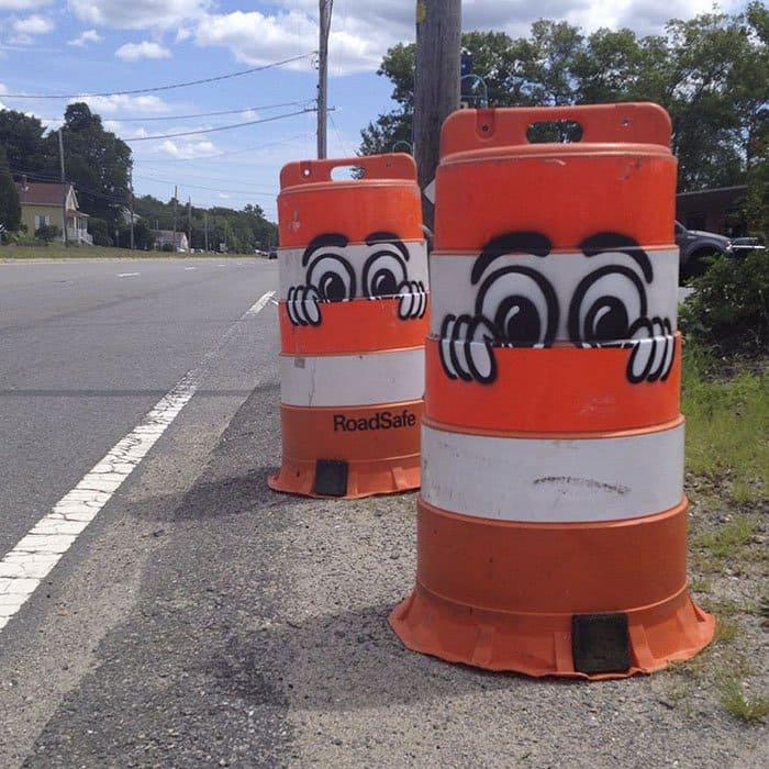 Genius Street Artist peekaboo cones