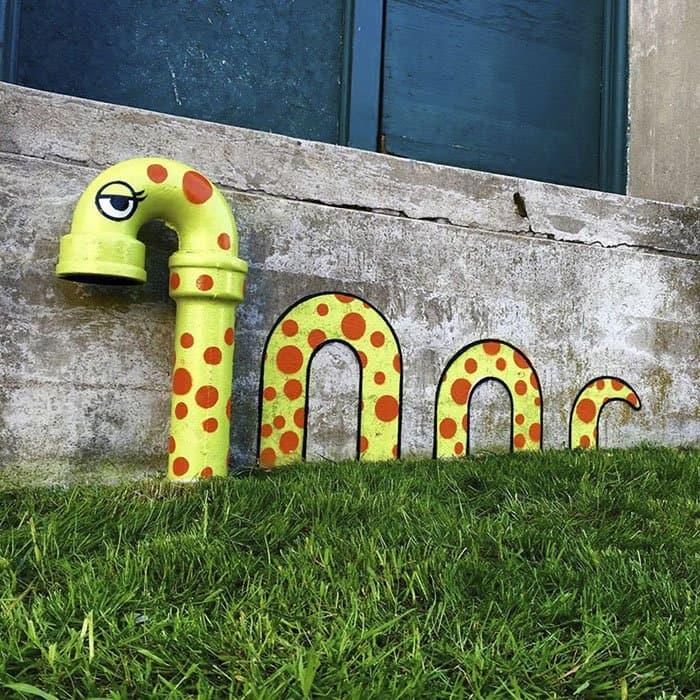 Genius Street Artist snake