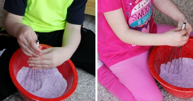 Hand Made Things You Can Create With Your Kids bath salts making