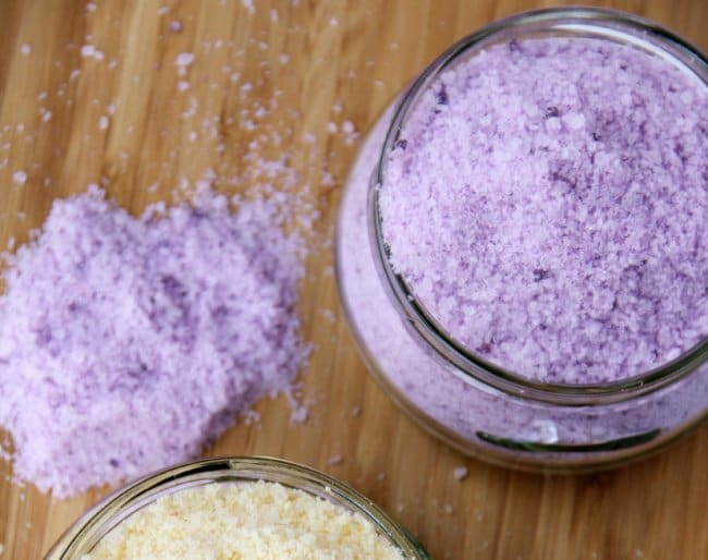 Hand Made Things You Can Create With Your Kids bath salts
