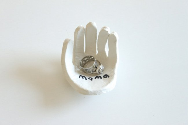 Hand Made Things You Can Create With Your Kids ring holder finished