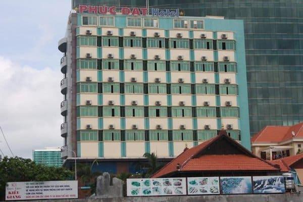 Hotel Fails phuc dat hotel
