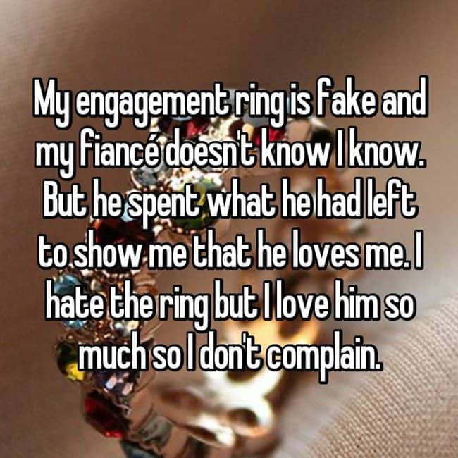 How Women Feel About Fake Engagement Rings hate the ring