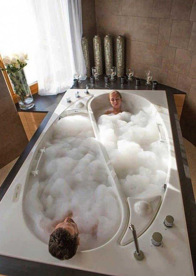15 Of The Most Luxurious Bath Tubs You