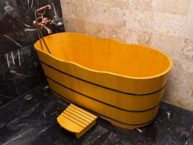 Luxurious Bath Tubs wooden barrel
