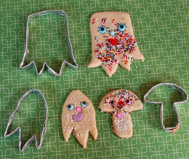Aluminum Foil Life Hacks cookie cutters