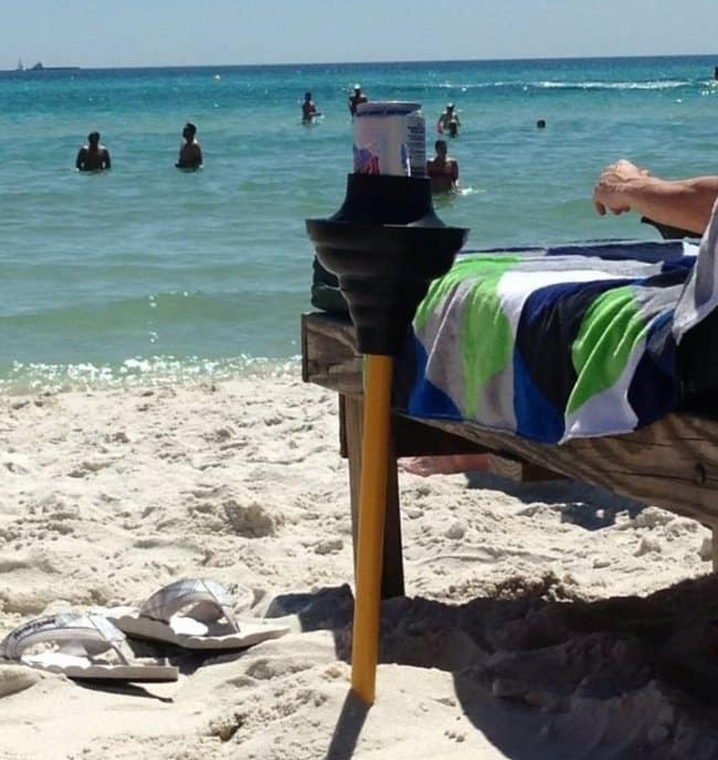 Genius Life Hacks plunger at the beach
