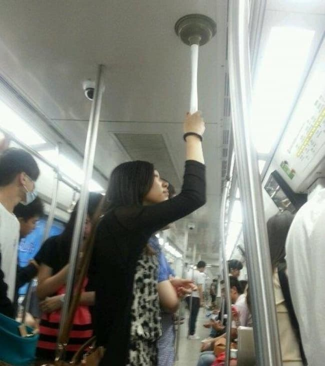 Genius Life Hacks plunger on transport