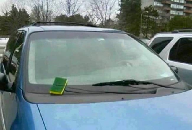 Genius Life Hacks sponge wiper