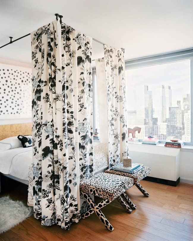 How Make Your Apartment Look Great bed curtains