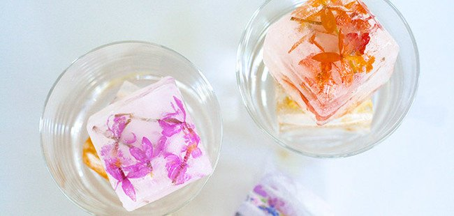 Ways To Use Ice Cube Tray edible flowers