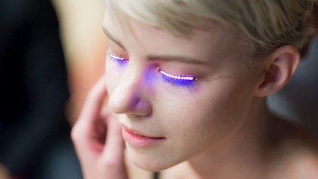 Weird Inventions For Women led eyelash strips