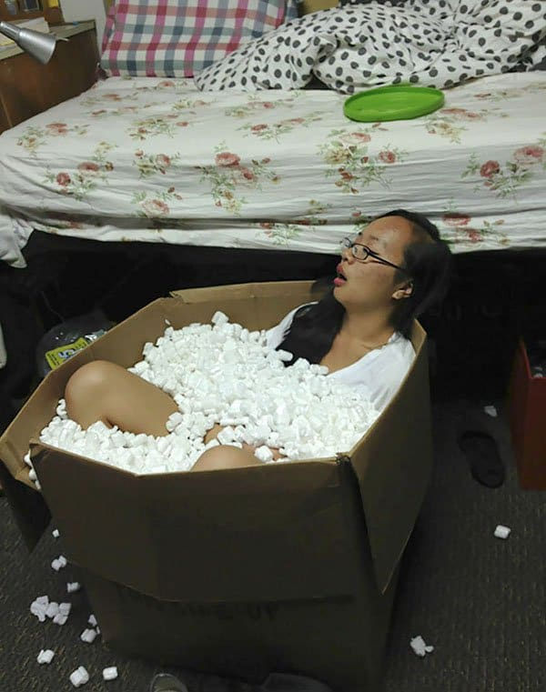 'I Woke Up To This' Moments passed out in packing peanuts