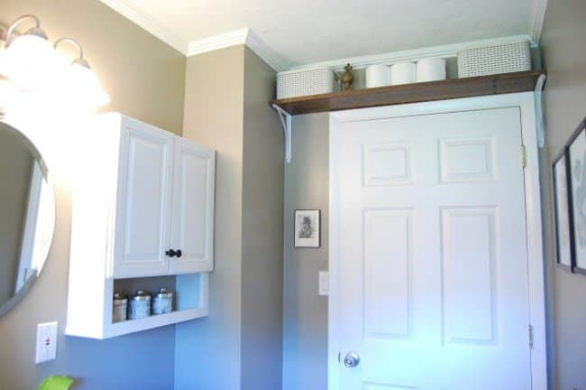 Ideas For Reinventing Your Bathroom Space limited storage