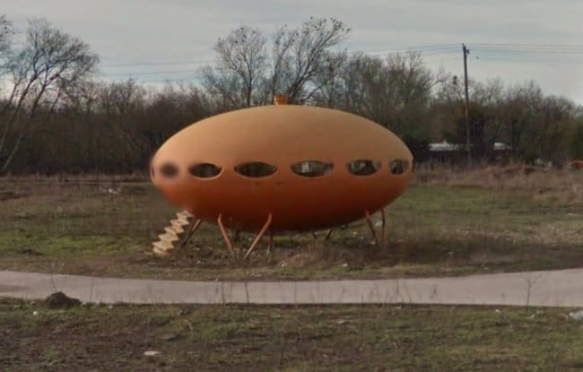 Interesting Things That Were Found On Google Maps spaceship