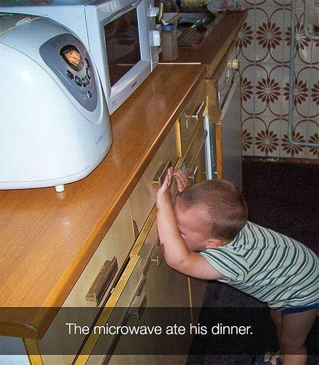 Reasons That Kids Had Major Meltdowns microwave