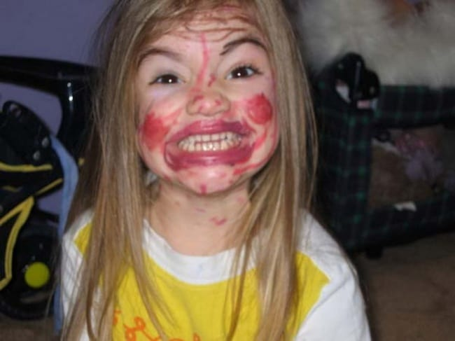 Reasons That Kids Should Never Be Left Alone make up