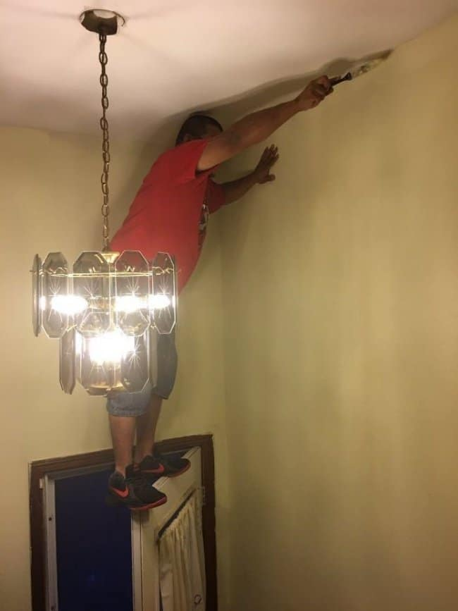 Reasons Why Women Live Longer Than Men standing on door