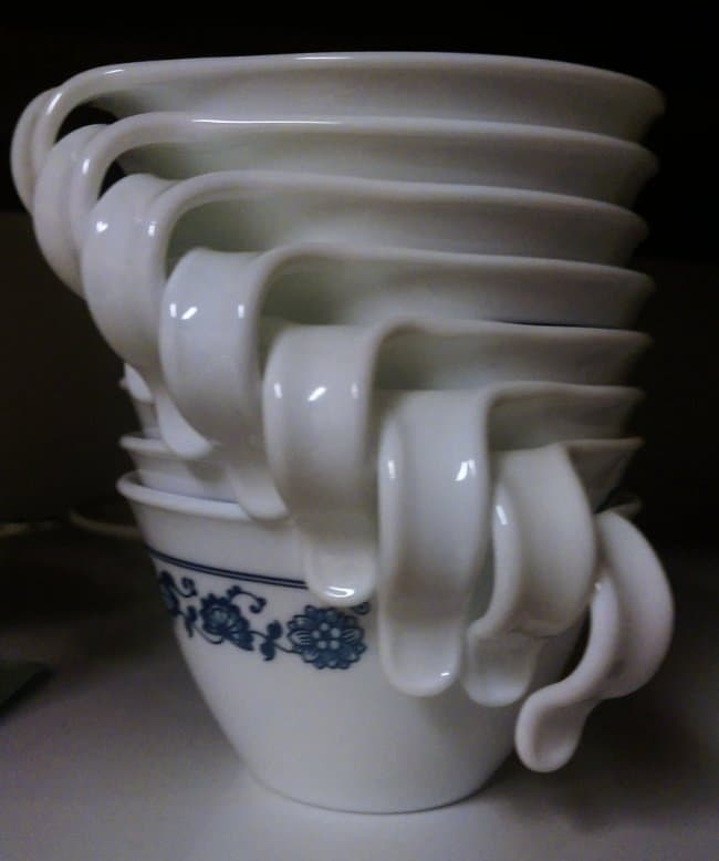 Satisfying Photos cups staked spiral