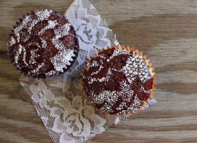 Things That Can Be Done More Easily powdered sugar lace
