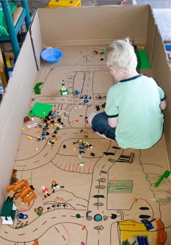 Ways To Keep Your Kids Entertained cardboard city