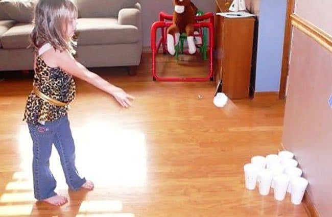 Ways To Keep Your Kids Entertained toss game