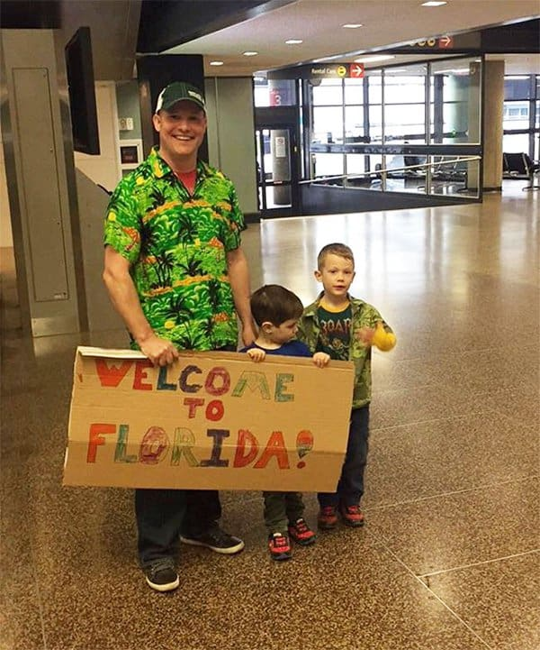Airport Pick Up Signs welcome to florida