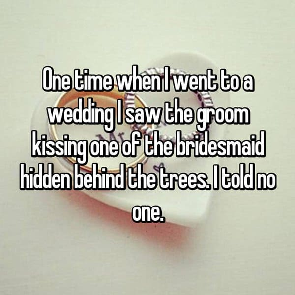 Awkward Wedding Incidents groom kissing bridesmaids
