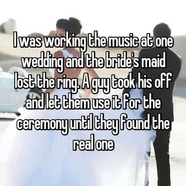 Awkward Wedding Incidents lost the ring