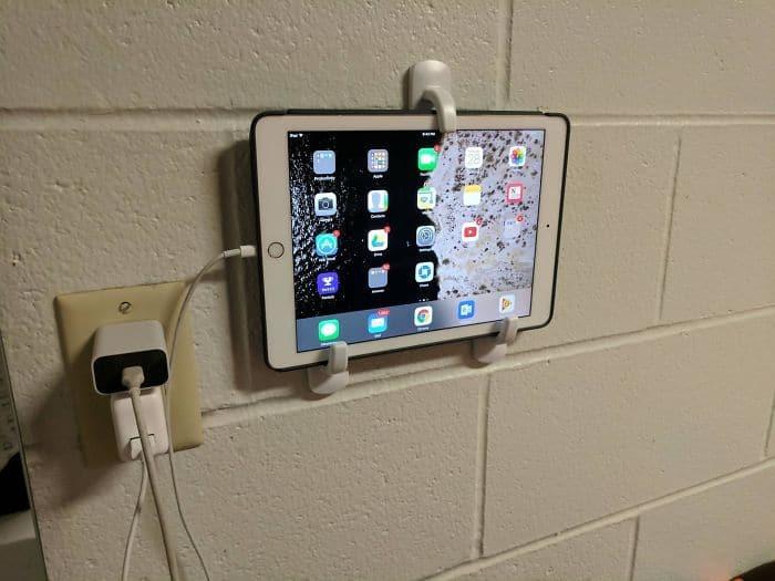 Genius Life Hacks hooks ipad