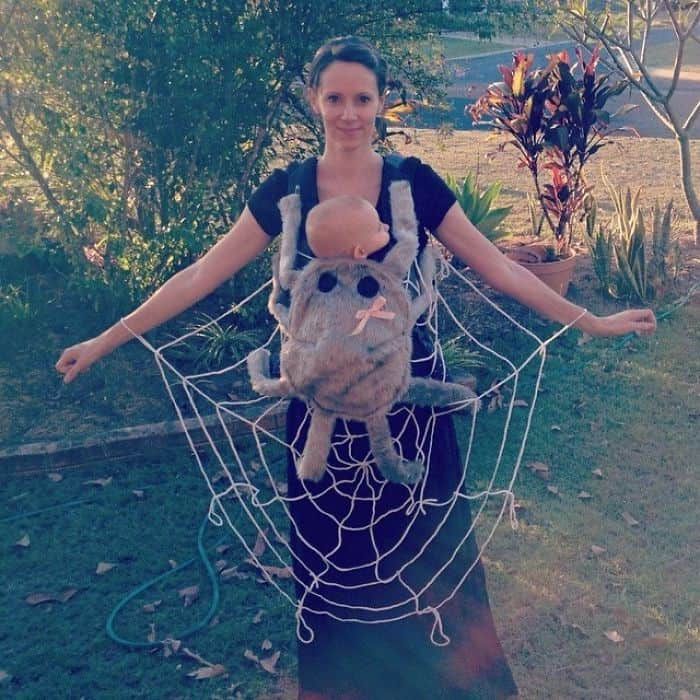 Halloween Costume Ideas For Parents With Baby Carriers spider