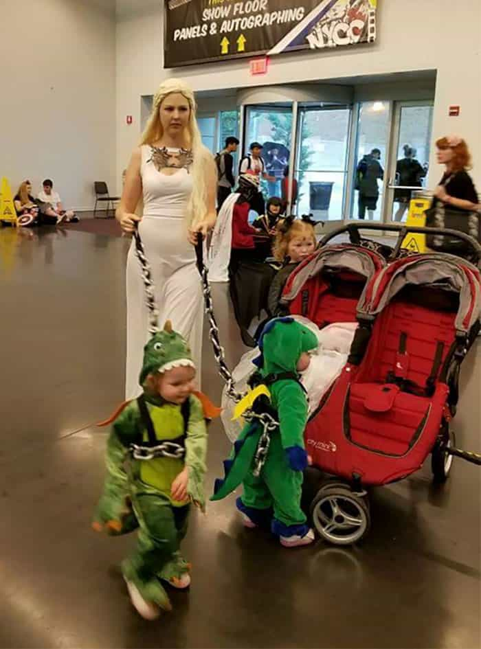Halloween Costumes mother of dragons