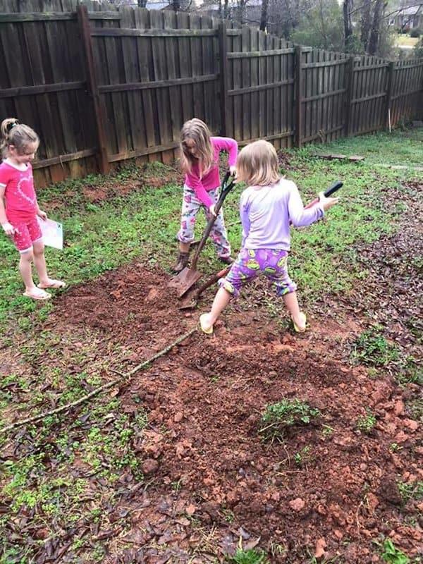 Hilarious Uncles buried nieces presents