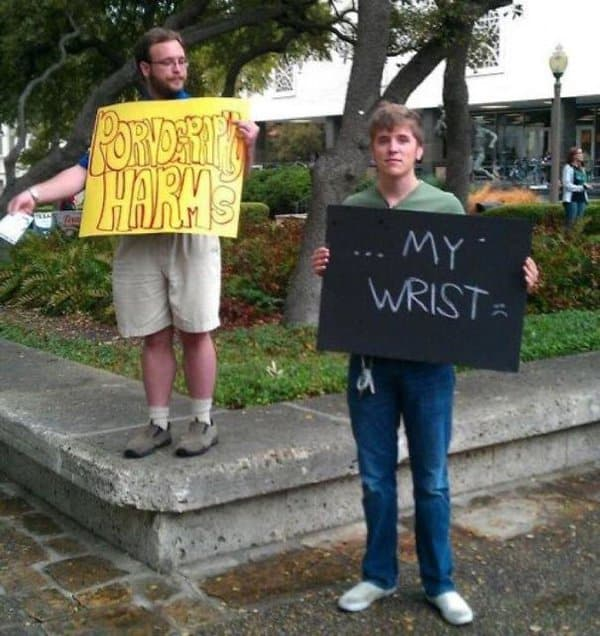 Times People Hilariously Trolled Protesters harms my wrist