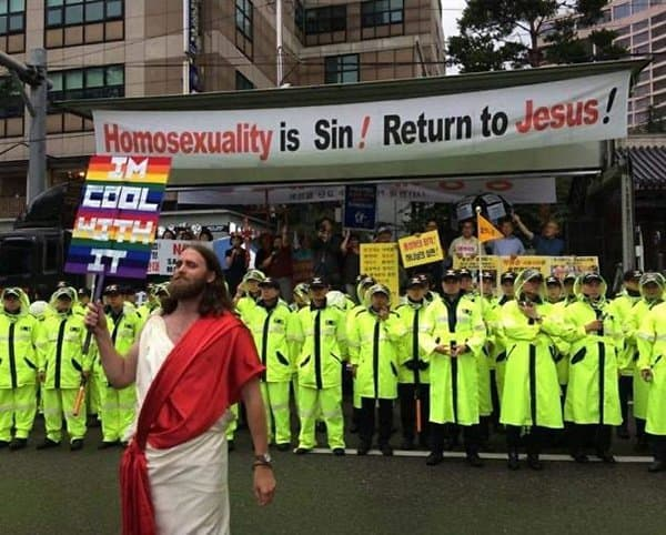 Times People Hilariously Trolled Protesters jesus is cool with it