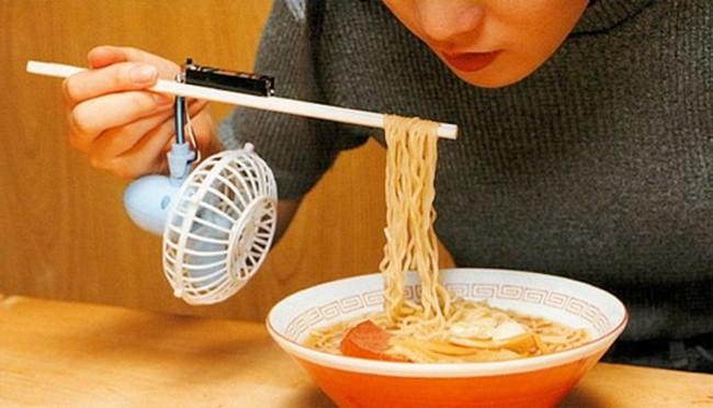 Clever Life Hacks noodle fan