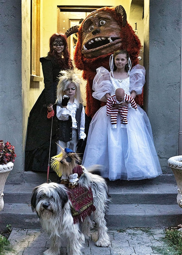 Family Halloween Costumes labyrinth