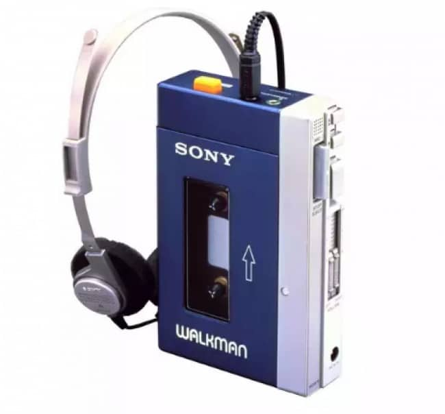 Things From The 90's sony walkman