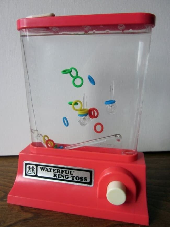 Things From The 90's waterful ring toss
