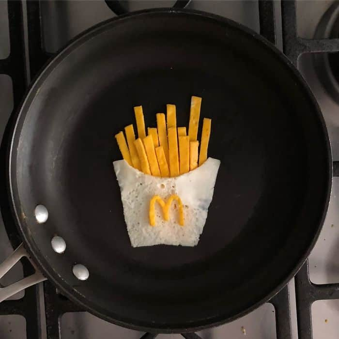 Breakfast Eggs Into Works Of Art fries