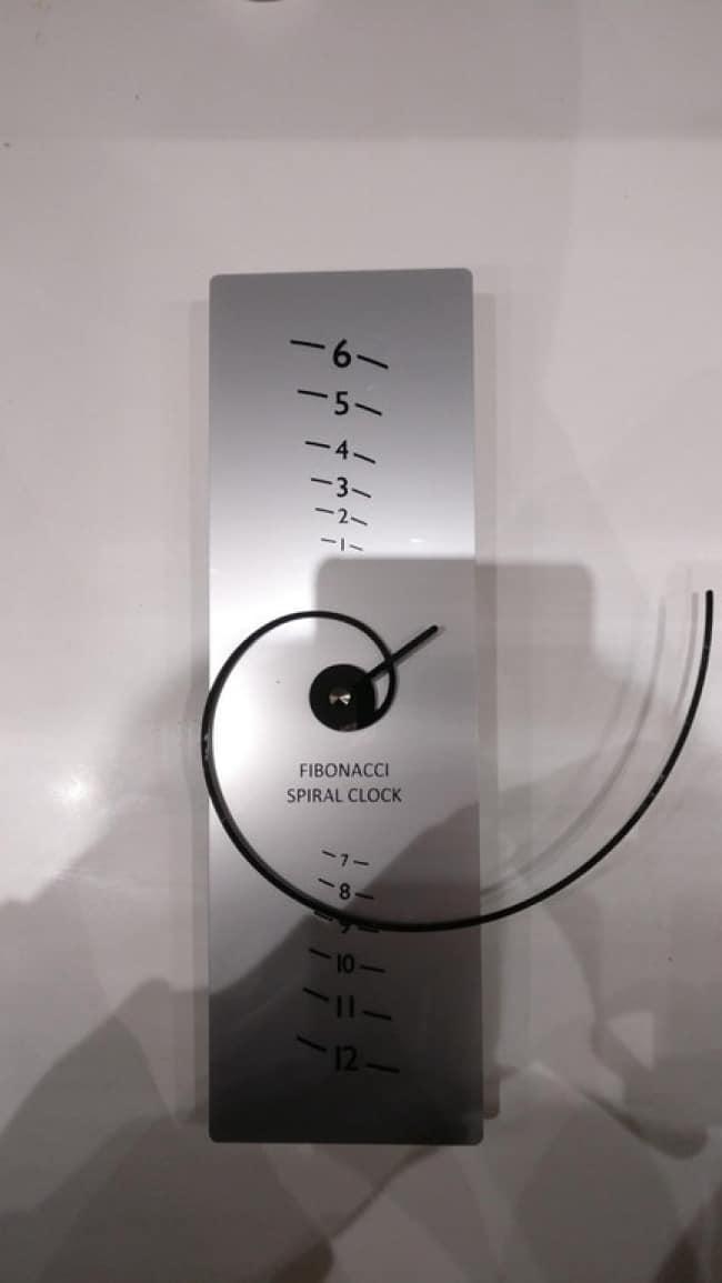 Impressive Inventions fibonacci clock