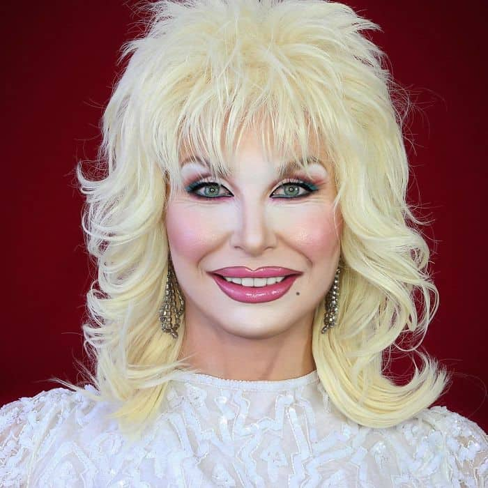 Make Up Artist Can Transform Into Any Celebrity dolly parton