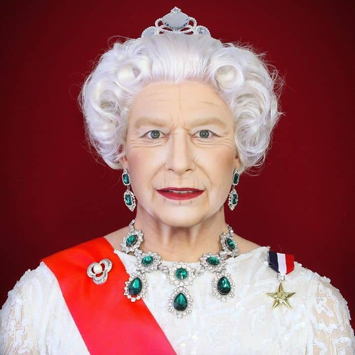 Make Up Artist Can Transform Into Any Celebrity queen elizabeth