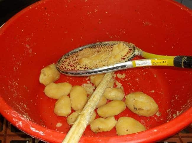 Advice From The Internet Fails mashing potatoes with tennis racket