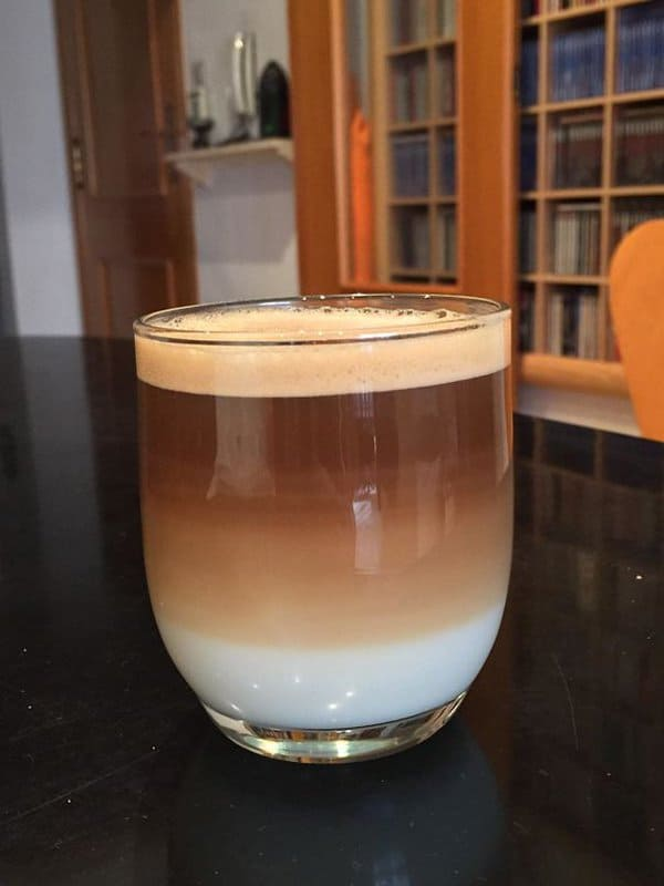 Oddly Satisfying Food Photos coffee layers
