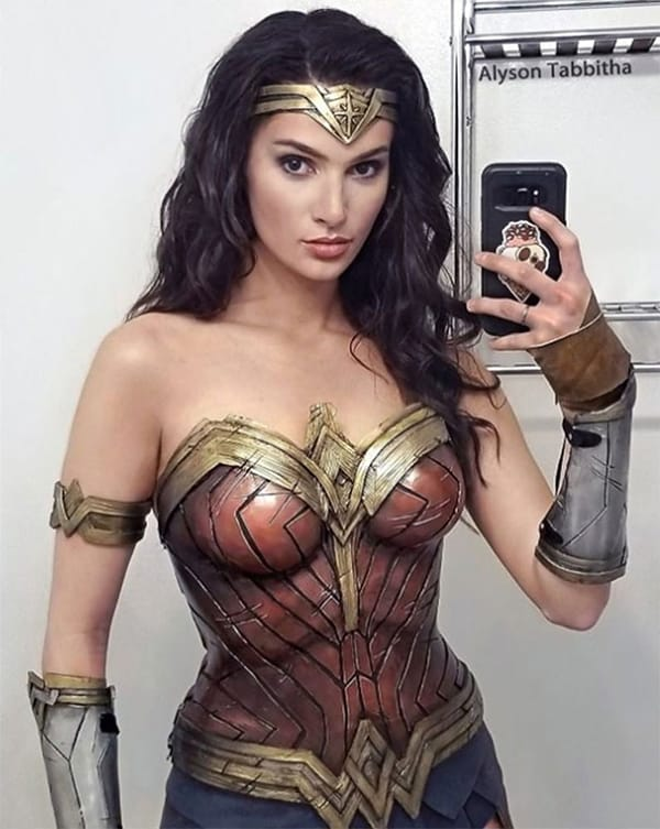Realistic Transformations cosplay wonder woman
