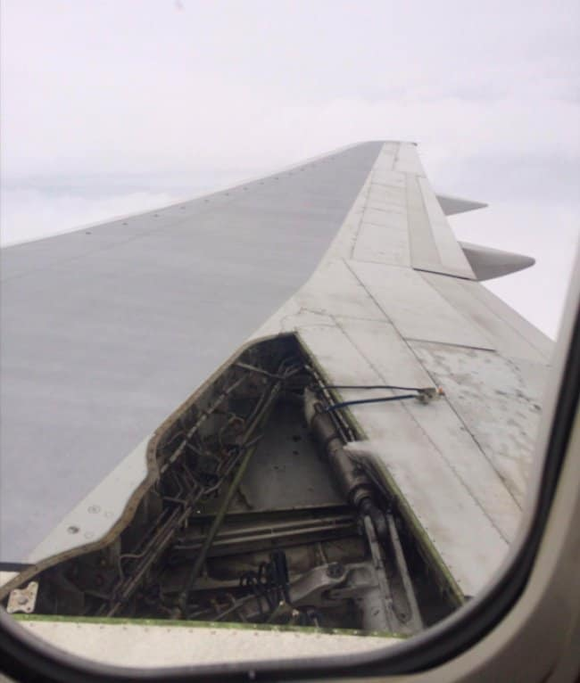 airplane-wing-partially-exposed-unlucky-people