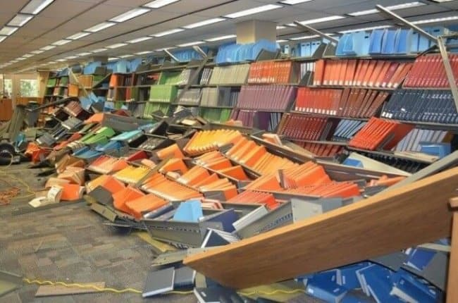 book_shelves_collapse_at_the_library